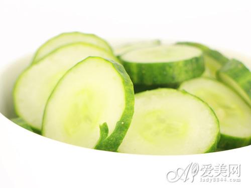 美肤食物PK毁容食物 聪明挑吃才能有好皮肤