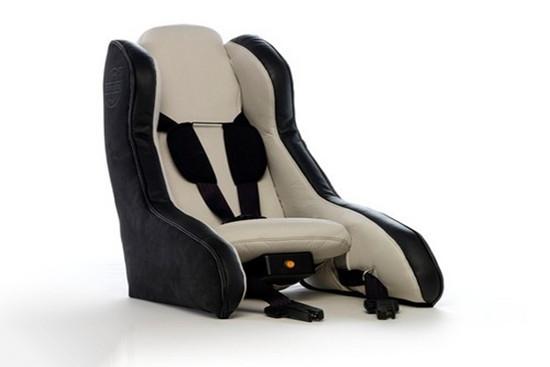 沃尔沃便携式儿童座椅