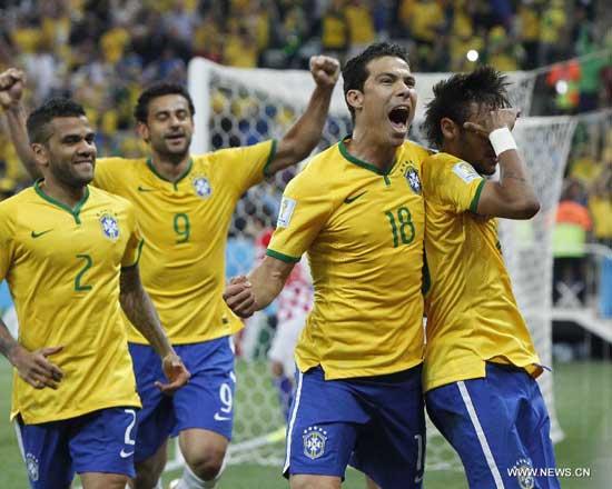 Brazil beat Croatia 3-1 during the 2014 World Cup opener on Jun 12, in Sao Paolo,Brazil.Star striker Neymar stroke twice to help five-time champions Brazil rally to beat Croatia 3-1 in the World Cup opener here on Thursday.(Xinhua/Zhou Lei)