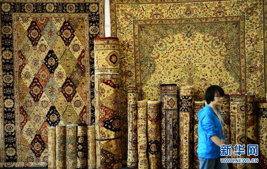 The 2014 International Carpet Exhibition is held in Xining, capital city of Qinghai.