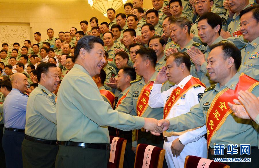 9月22日,中共中央总书记、国家主席、中央军委主席习近平在北京接见全军参谋长会议代表。新华社记者 李刚 摄