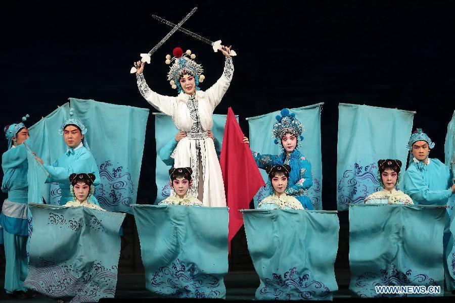 Празднование 120-летия знаменитого актера пекинской оперы Мэй Ланьфана прошло в Санкт- Петербурге