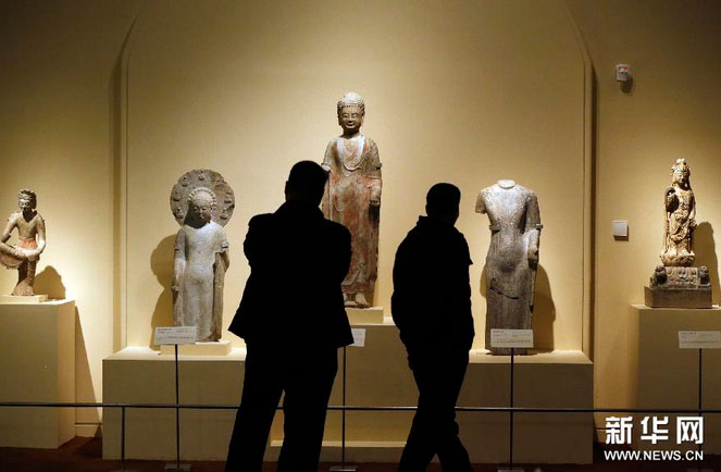 The exhibition features more than 240 cultural relics from 51 museums all over China.