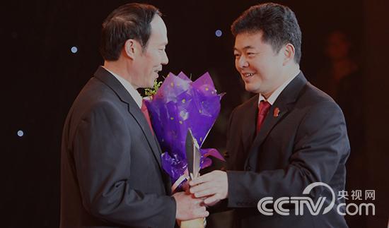 四川省剑阁县人民法院开封人民法庭庭长 郭兴利