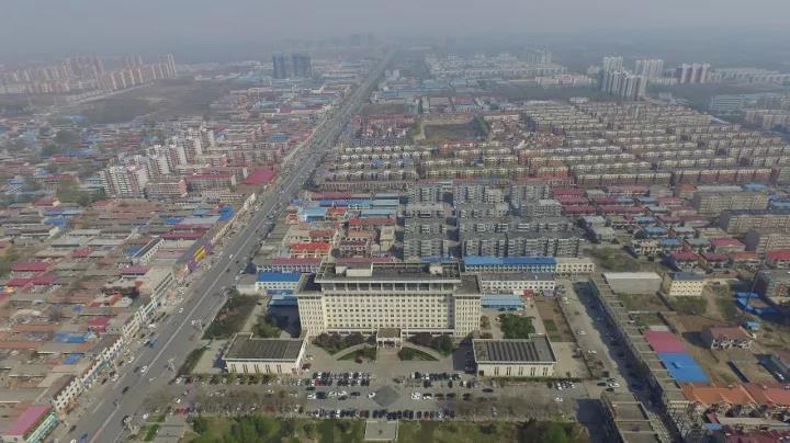 无人机拍摄的河北省雄县景观