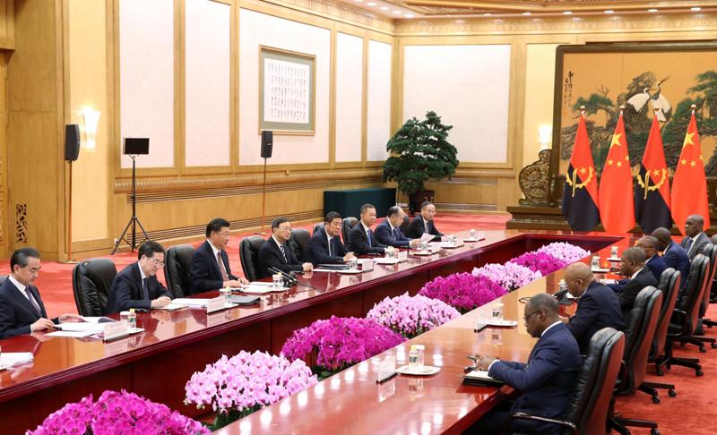 9月2日,国家主席习近平在北京人民大会堂会见安哥拉总统洛伦索。新华社记者 姚大伟 摄
