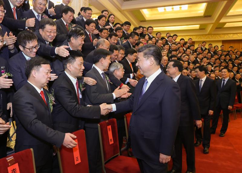 1月8日,2018年度国家科学技术奖励大会在北京人民大会堂隆重举行。这是会前,党和国家领导人习近平、李克强、王沪宁、韩正等会见获奖代表。