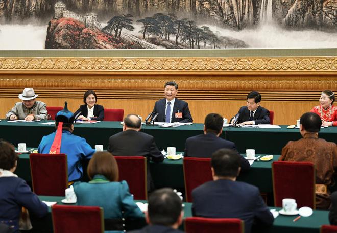 2019年3月5日,习近平参加十三届全国人大二次会议内蒙古代表团的审议。