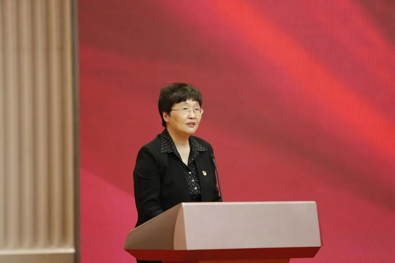 吉林省委常委、宣传部长,省委网信委副主任王晓萍致辞。
