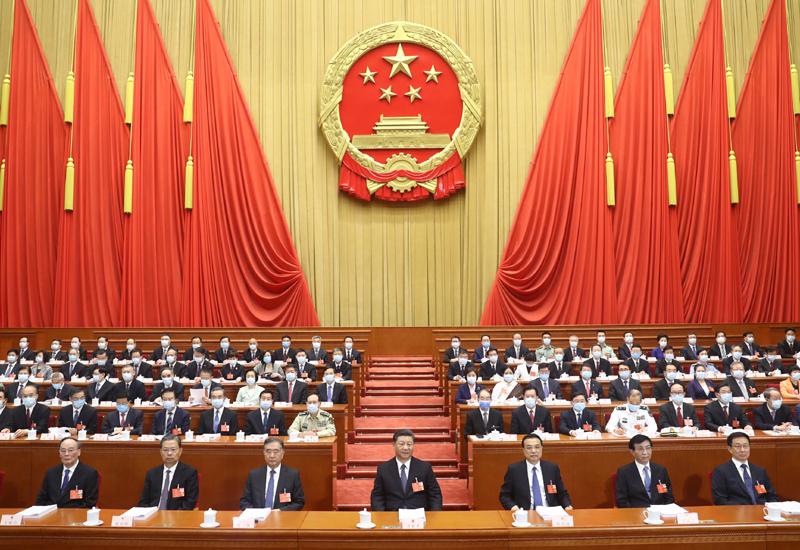 5月21日,中國人民政治協商會議第十三屆全國委員會第三次會議在北京人民大會堂開幕。這是習近平、李克強、栗戰書、王滬寧、趙樂際、韓正、王岐山在主席臺就座。新華社記者 李學仁 攝