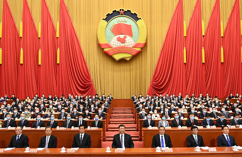 5月21日,中国人民政治协商会议第十三届全国委员会第三次会议在北京人民大会堂开幕。这是习近平、李克强、栗战书、王沪宁、赵乐际、韩正、王岐山在主席台就座。新华社记者 李学仁 摄