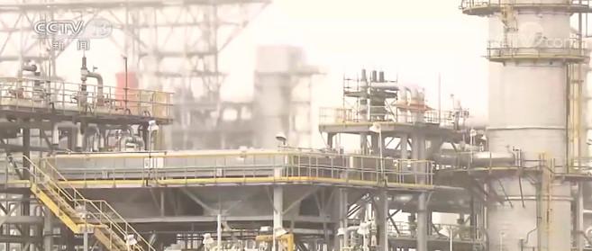 欧佩克与非欧佩克产油国同意减产规模  降至每日770万桶
