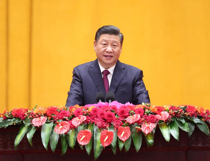2月10日,中共中央、国务院在北京人民大会堂举行2021年春节团拜会。中共中央总书记、国家主席、中央军委主席习近平发表讲话。新华社记者 庞兴雷 摄