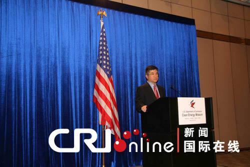 The US is taking a new approach to trade with China. Secretary of Commerce Gary Locke, says the purpose of an upcoming trade mission will be to increase exports to China, NOT to limit imports.