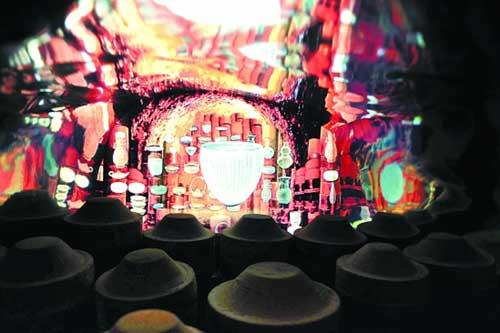 An enormous celadon bowl brimming with water and mesmerizing electronic shows is just one reason why the Zhejiang Provincial Pavilion is a must-see for visitors at the Expo.