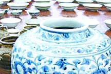 Salvaged porcelain get bright future in auction houses
