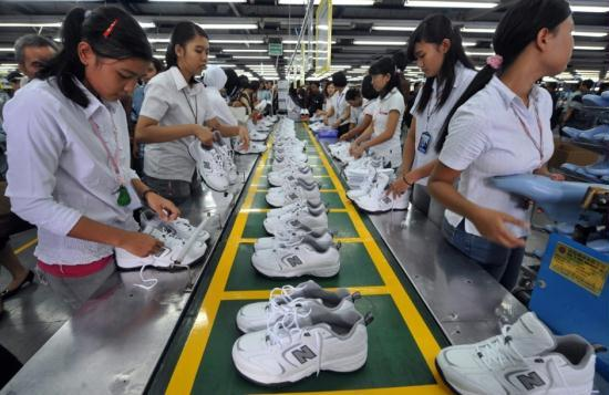 philippine footwear industry Footwear market is projected to be worth us$2788607 mn by 2025 in terms of revenue rising at a cagr of 30% between 2017 and 2025.