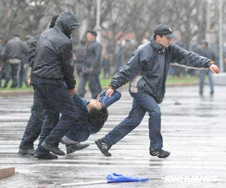 Clashes between police and anti-government protestors in Kyrgyzstan have left at least 65 people dead and over 400 injured.