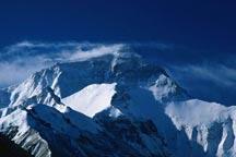 Protecting the world´s highest peak Mt. Qomolangma