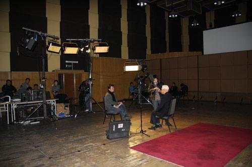 360平方米录音棚破例改造成的央视采访演播室