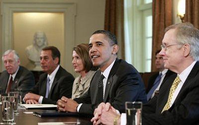 U.S.PresidentBarackObamameetswithCongressionalleaderstodiscussWallStreetreform,Wednesday,April14,2010,intheCabinetRoomoftheWhiteHouseinWashington.(APPhoto/AlexBrandon)