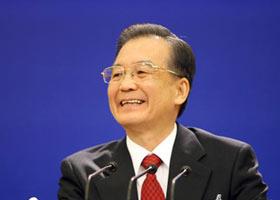 14 марта премьер Госсовета КНР Вэнь Цзябао в Доме народных собраний встречается с китайскими и зарубежными журналистами, освещающими 3-ю сессию ВСНП 11-го созыва, и ответчает на их вопросы.