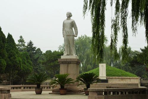 水下古城_刘胡兰纪念馆