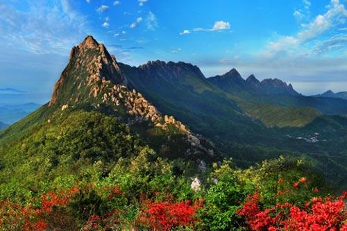 景区照片:     景区简介:     上饶灵山国家级风景名胜区位于江西