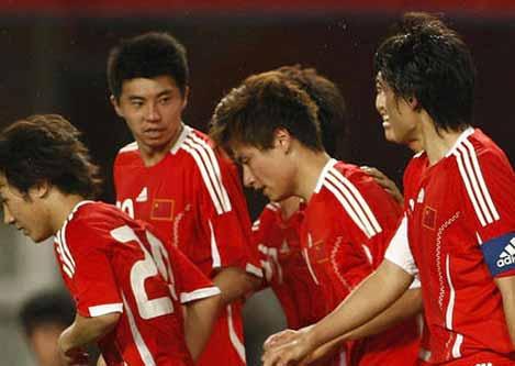 6月1日中伊友谊赛,上半时最后时刻,中国队凭借郜林的门前补射破门,中国1比0战胜伊朗。