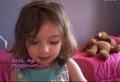 [萌翻啦~~] 3岁的贝拉偷偷化妆被姐姐发现