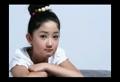 方圆10岁翻唱王菲《传奇》