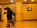 小洋(8岁女孩)震撼超级滑步!