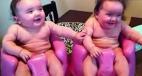 笑喷!双胞胎都是表情帝 瞬间转换hold不住