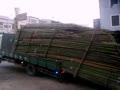 看看台湾神人司机如何卸下整车竹子