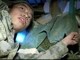 """""""信仰的力量""""随手拍:震中龙头山镇甘家寨数十村民被埋 实拍官兵徒手"""