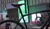 【拍客】南京现全球最轻自行车 4·65公斤14万
