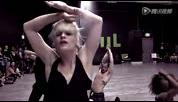 法国人气妖男Yanis Marshall舞蹈不输给女人