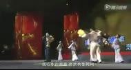 万达年会王健林一展歌喉唱《霸王别姬》