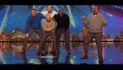 达人秀上五个老爸合体跳舞逗乐全英国 表情万变