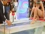 岛国综艺节目 热水煮比基尼美女