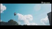 皇家超级水滑梯腾飞 性感美女极限翻转玩自拍