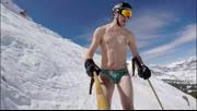 大神赤身滑雪,全程手机自拍杆录制