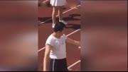 上海外国语学校运动会开幕式男生跳起啦啦操引爆全场
