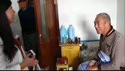 牙克石市永明社区包粽子慰问孤寡老人
