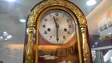 维修1979年产的老式机械座钟北京科霸老爷钟