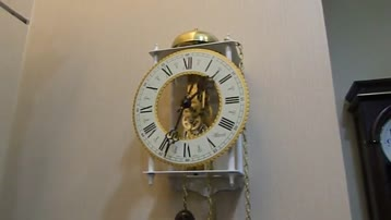 古典又时尚的德国赫姆勒骨感机械挂钟