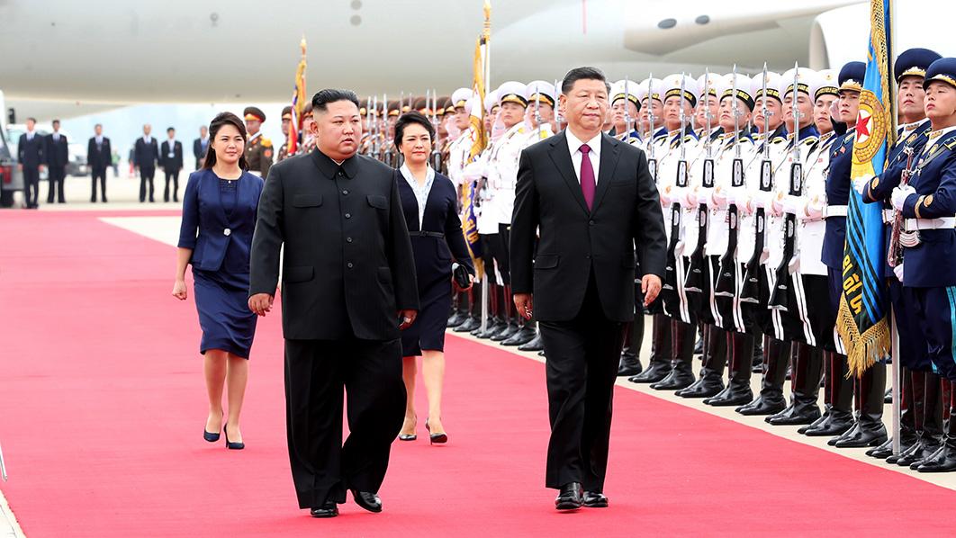 习近平抵达平壤开始对朝鲜民主主义人民共和国…