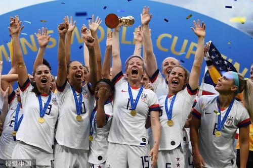 [高清组图]老兵破局穿金靴 美国女足2-0卫冕