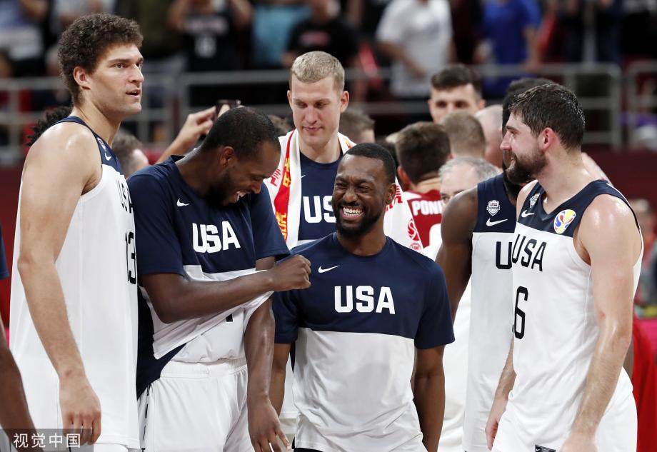 [图]5人上双!美国男篮战胜波兰 获得世界杯第7