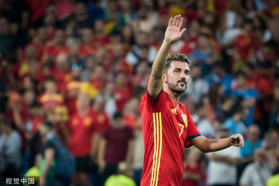 [图]告别传奇!西班牙前锋比利亚宣布赛季末退役